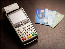 某付当年未给用户退还的押金讨论。